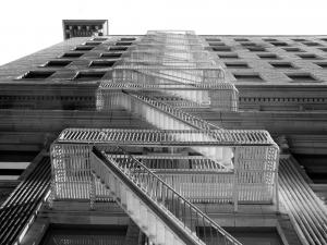 http://antonioceballos.es/files/gimgs/th-6_buildingstairs_bn.jpg