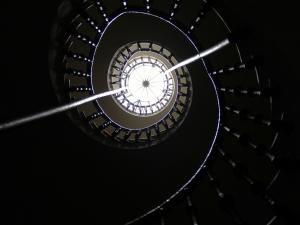 http://antonioceballos.es/files/gimgs/th-6_stairloop_web.jpg
