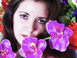 https://antonioceballos.es/files/gimgs/th-7_flowerportrait.jpg