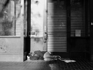 https://antonioceballos.es/files/gimgs/th-7_homeless_SF.jpg